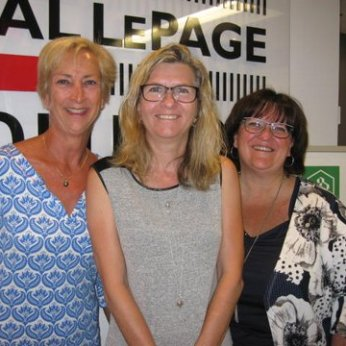 From left to right: Ms. Danielle L'Heureux, real estate broker, Royal LePage Évolution; Ms. Josée Bergeron, client; and Ms. Danielle De Lafontaine, Desjardins mortgage representative.